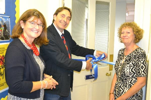 St-Marys-Library-opening-by-Mrs-Vipond-Matt-Dickinson-and-Mrs-Cassell_thumb